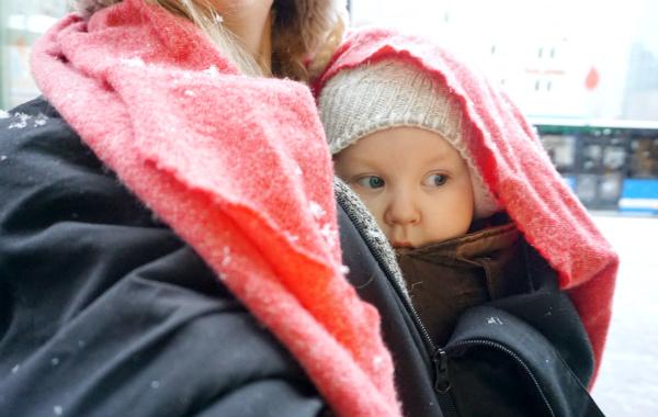 babybaby_winter_babywearing_scarf