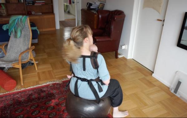 babybabyse_pilatesbolltricket_600_5
