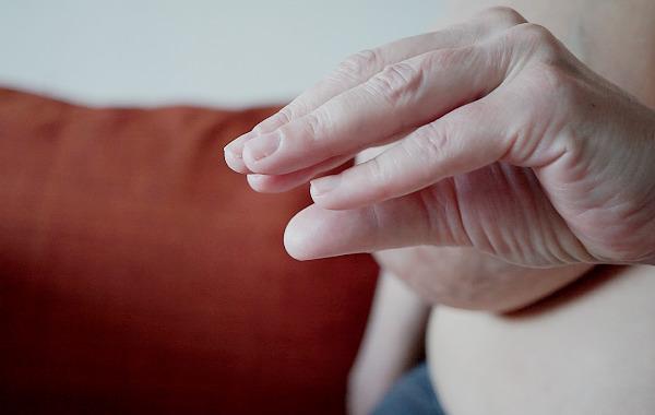 spända bröst amning